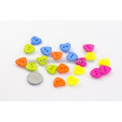 Heart Shape Two Holes 20pcs BUT-058