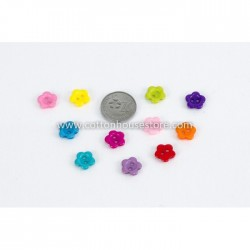 Small Flower Resin 10mm 30pcs BUT-065
