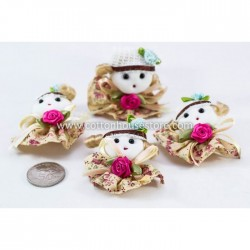 Cute Girl White Hat (4pcs)