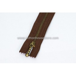 "Zipper 13"" Brass Teeth Chocolate"