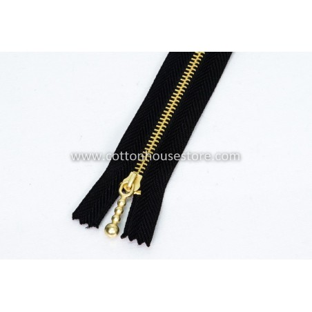 "Zipper 8"" Gold Teeth Black"