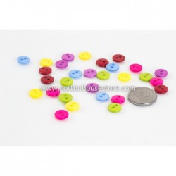 Round 2 Holes Resin 6mm (30pcs) BUT-025
